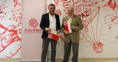 Firma del convenio de Belencribs con Cáritas